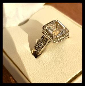 Swarvoski crystal wedding ring set